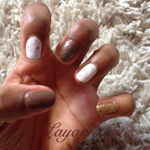 White, gold and beige nails - Layonie Jae
